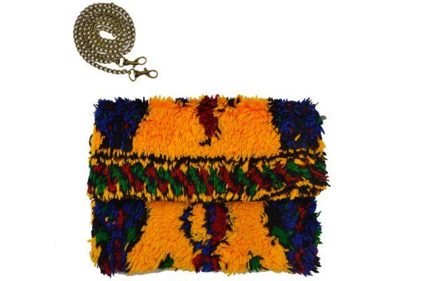 Pochettes Kilim réalisées dans des tapis traditionnels-