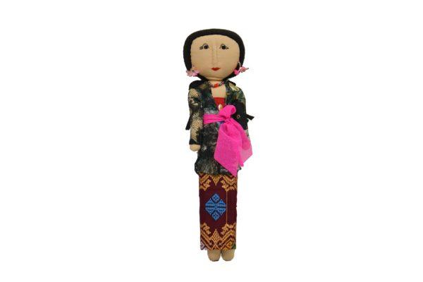 Luce Balenese Merah muda. Handmade batik fabric dolls