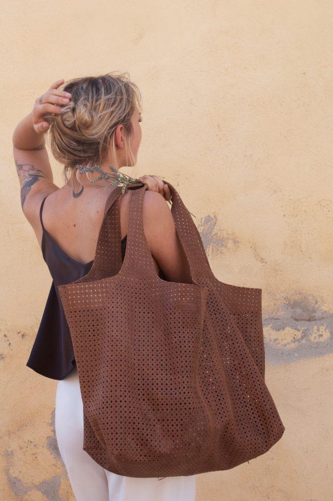 Luce_XXL Bag_brown_Albaniu