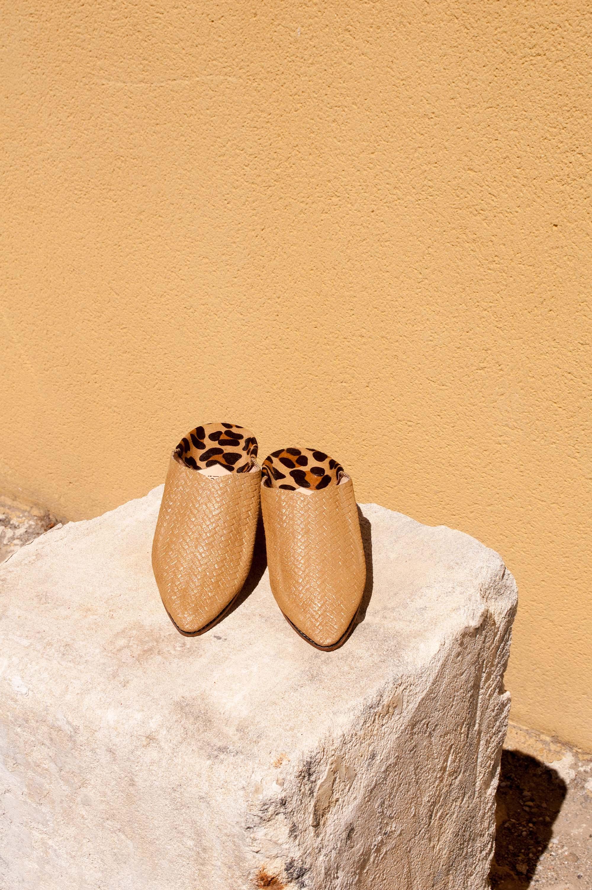 luce fashion babouches en cuir tressé et talon léopard